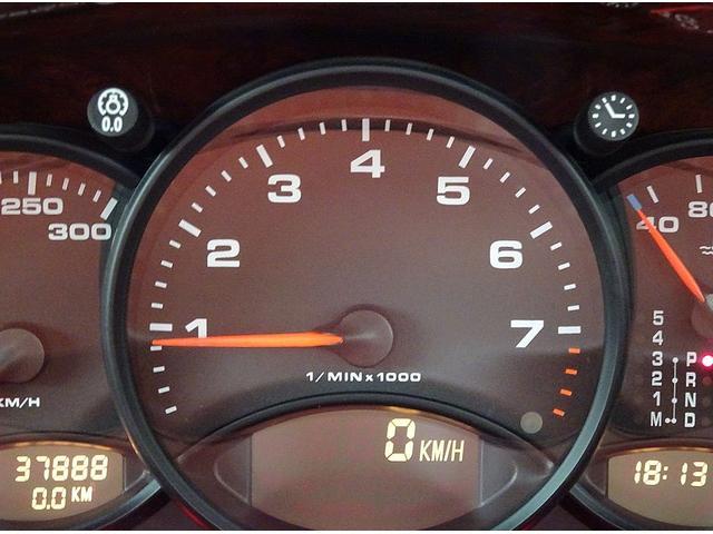 ポルシェ ポルシェ 911カレラ 右ハンドル AT ワンオーナー車 サンルーフ
