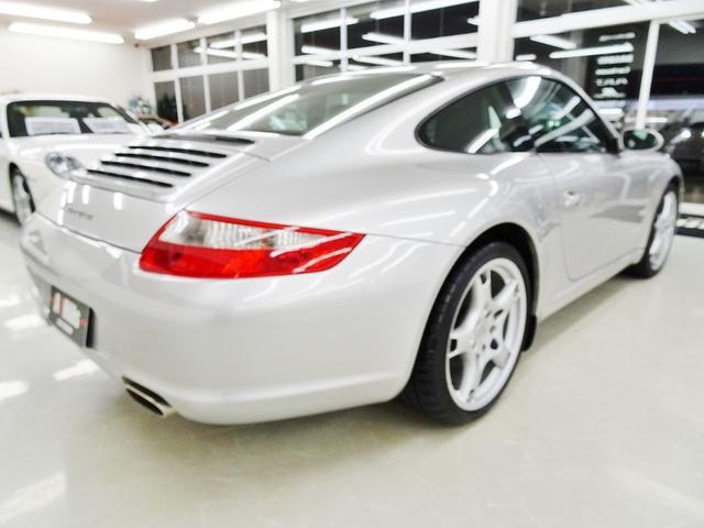 ポルシェ ポルシェ 911カレラ 右ハンドル AT ワンオーナー車 19インチ