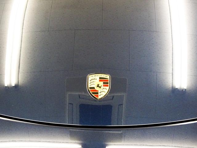 ベースグレード 右ハンドル ワンオーナー車 正規ディーラー車 PDLS PSM 電動格納ミラー シートヒーター デュアルエグゾーストマフラーエンド ナビ テレビ CD バックカメラ ETC キーレスキー2本(26枚目)