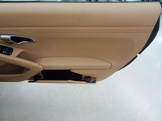 ベースグレード 右ハンドル ワンオーナー車 正規ディーラー車 PDLS PSM 電動格納ミラー シートヒーター デュアルエグゾーストマフラーエンド ナビ テレビ CD バックカメラ ETC キーレスキー2本(60枚目)