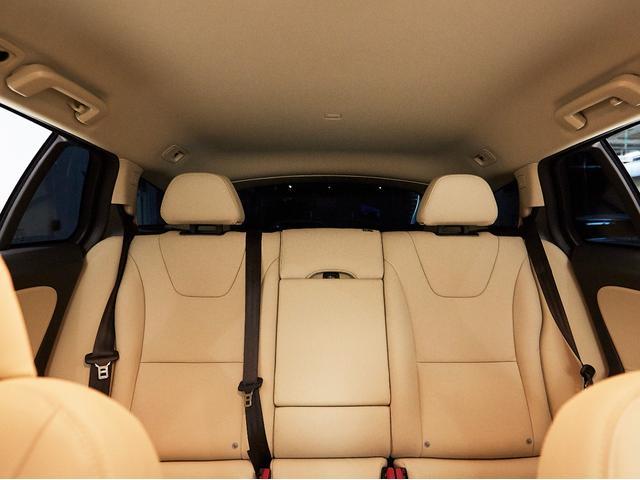 D4 タック レザーシート 17インチアルミヒール シートヒーター 運転席8ウェイパワーシート ドアミラー連動メモリー機構付(60枚目)
