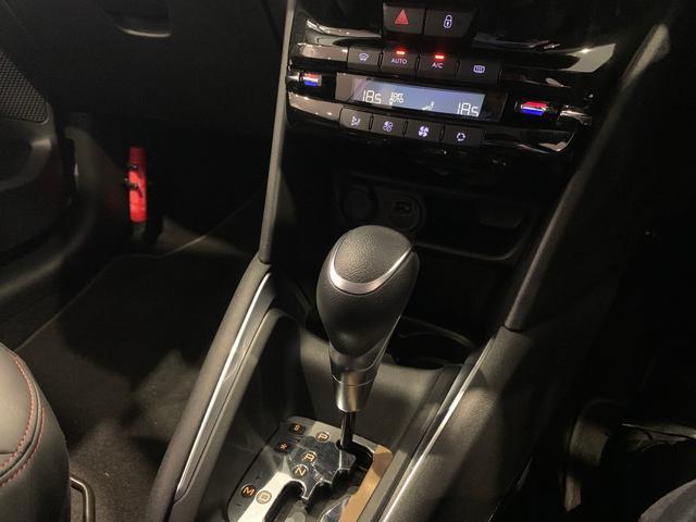 GTライン ブラックパック 新車保証継承(11枚目)