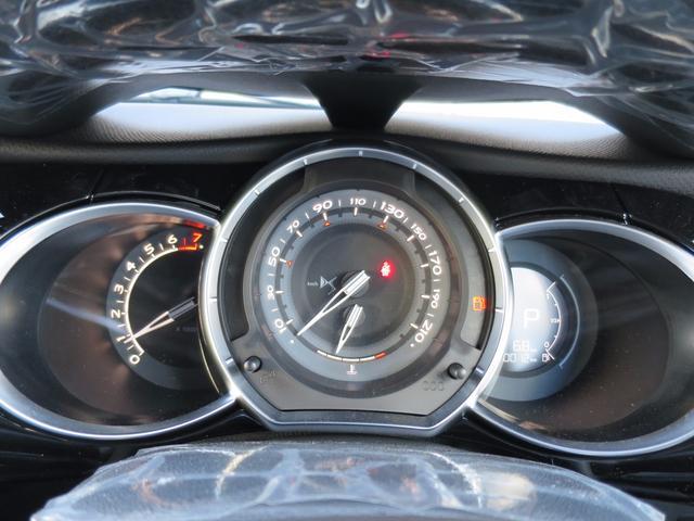 シトロエン シトロエン DS3 シック DS LEDビジョンパッケージ新車保証CMPライト