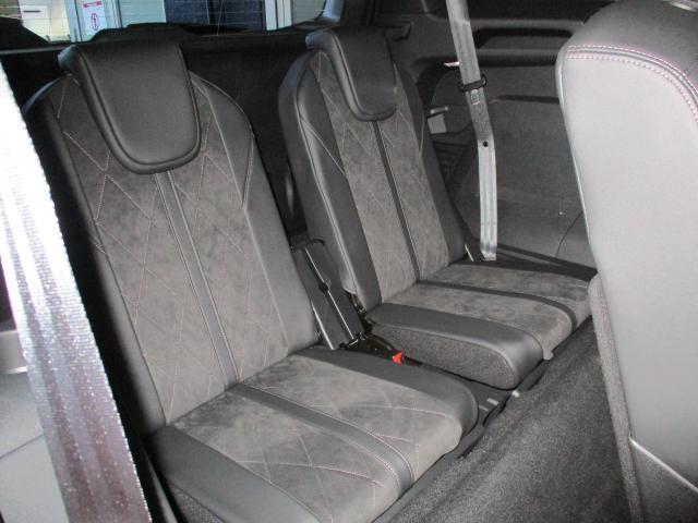 「プジョー」「5008」「SUV・クロカン」「東京都」の中古車14