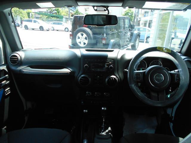 クライスラー・ジープ クライスラージープ ラングラーアンリミテッド スポーツ 新車保証継承 登録済未使用車 JK最終型