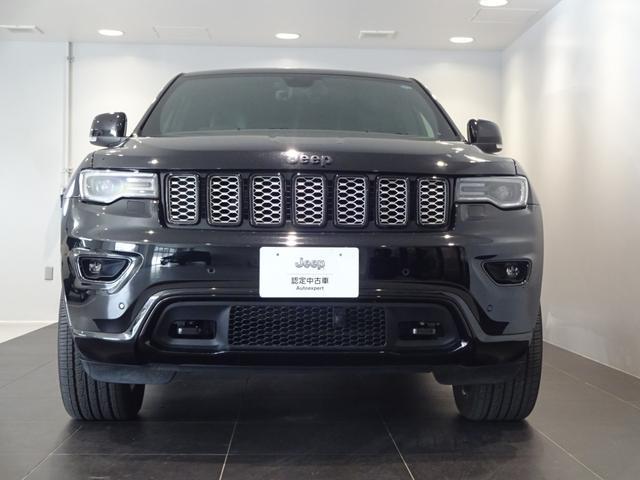 Jeepのフラッグシップモデルらしい風格漂う大きなボディ!
