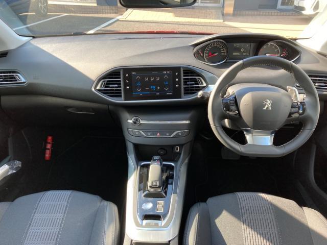 アリュール シーケンシャルインジケーター エレクトリックパーキングブレーキ アクティブセーフティブレーキ ドライバーアテンションアラート スピードリミットインフォメーション 新車保証継承(3枚目)