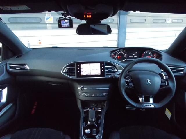 SW GT ブルーHDi 当店デモアップ車 純正ナビ&ETC・ドラレコ装着済み アクティブクルーズコントロール アクティブブラインドスポットモニターシステム パークアシスト ドライバースポーツパック 新車保証継承(3枚目)