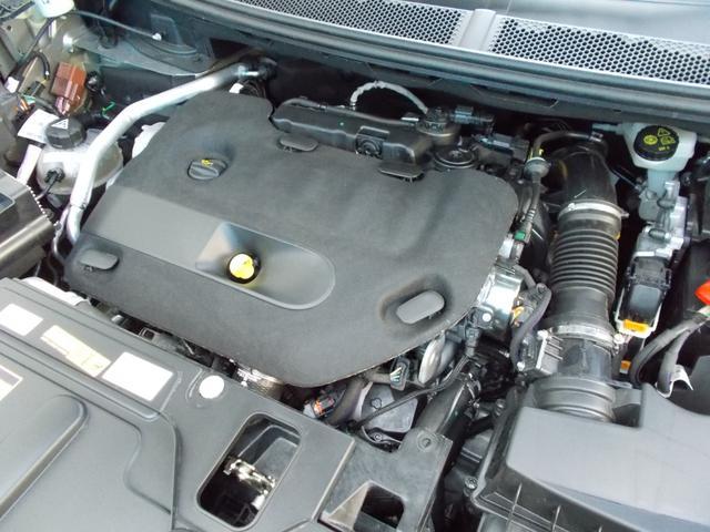 パワーと優れた燃費性能を併せ持つ 2.0L BlueHDi ディゼルターボエンジン アイドリングストップ装備
