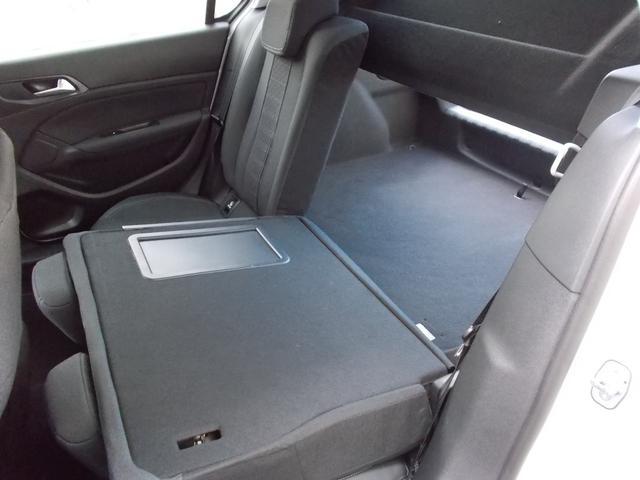 アリュール ブルーHDi 純正ナビ・ETC・ドライブレコーダー装着 アクティブセーフティブレーキ アクティブクルーズコントロール ドライバーアテンションアラート スピードリミットインフォメーション 新車保証継承(12枚目)