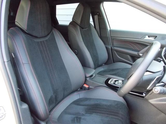 SW GT ブルーHDi 純正ナビ・ETC・ドライブレコーダー装着 アクティブクルーズコントロール パークアシスト レッドステッチ・テップレザー/アルカンタラスポーツシート・インテリア・ステアリング 新車保証継承(5枚目)