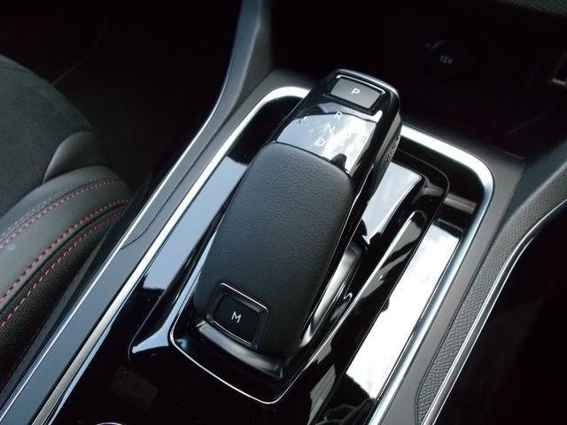 SW GT ブルーHDi 純正ナビ・ETC・ドライブレコーダー装着 アクティブクルーズコントロール パークアシスト レッドステッチ・テップレザー/アルカンタラスポーツシート・インテリア・ステアリング 新車保証継承(9枚目)