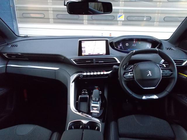 GTライン ファーストクラスパッケージ 運転席メモリー付電動シート&マルチポイントランバーサポート/フロントシートヒーター/360°ビジョン/パークアシスト/パノラミックサンルーフ 新車保証継承(3枚目)