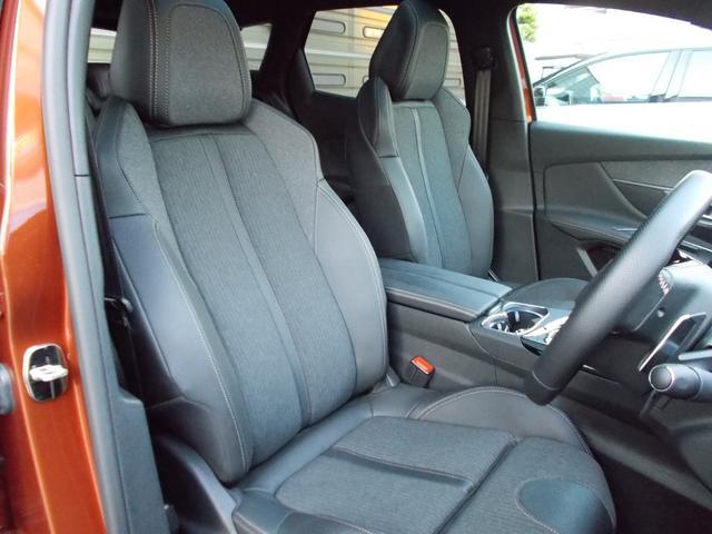 GTライン ファーストクラスパッケージ 運転席メモリー付電動シート&マルチポイントランバーサポート/フロントシートヒーター/360°ビジョン/パークアシスト/パノラミックサンルーフ 新車保証継承(5枚目)