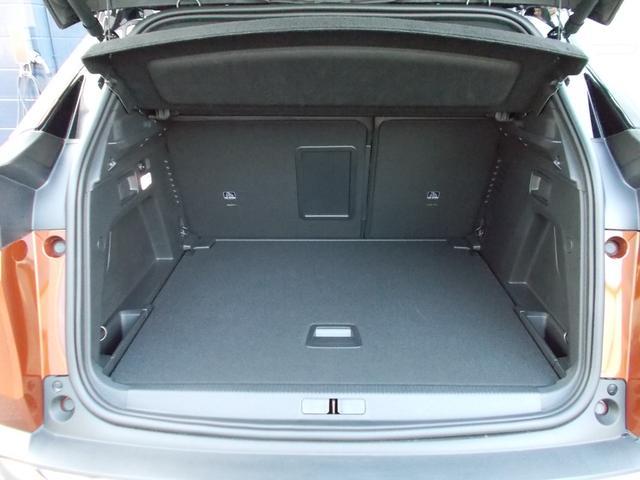 GTライン ファーストクラスパッケージ 運転席メモリー付電動シート&マルチポイントランバーサポート/フロントシートヒーター/360°ビジョン/パークアシスト/パノラミックサンルーフ 新車保証継承(15枚目)