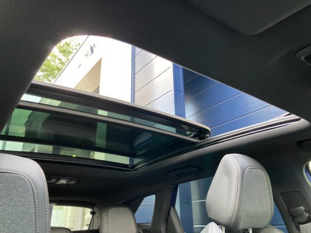 GTライン ブルーHDi パノラミックサンルーフ エレクトリックパーキングブレーキ バックアイカメラ アクティブクルーズコントロール アドバンスドグリップコントロール ハンズフリー電動テールゲート 新車保証継承(12枚目)