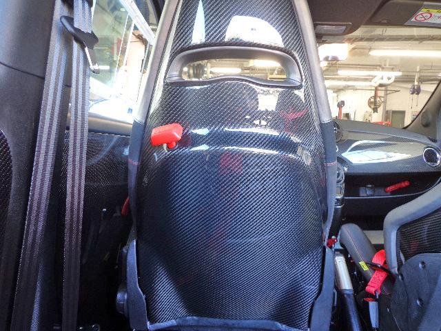 アバルト アバルト アバルト695 ビポスト フルスペック正規車 保証継承 純正ポリカーボネートウインドー