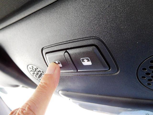 アバルト アバルト アバルト595C ツーリズモ 新車保証継承 地デジPNDナビ ETC 禁煙車