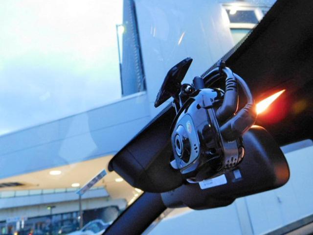ベースグレード 新車保証継承 純正ストライプ 前後ドラレコ(14枚目)