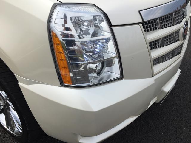 キャデラック キャデラック エスカレード 1NO2年車検付 キャデロゴ入り新品純正シート 24AW