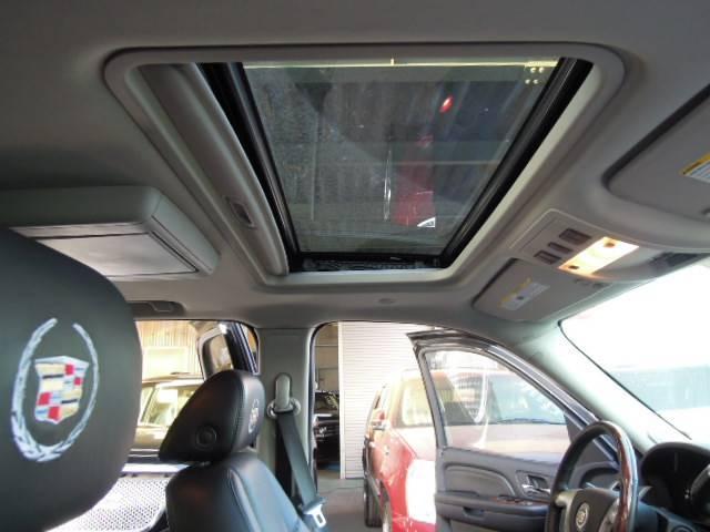 キャデラック キャデラック エスカレード Pランニング 新品キャデロゴ入シート E&Gグリル