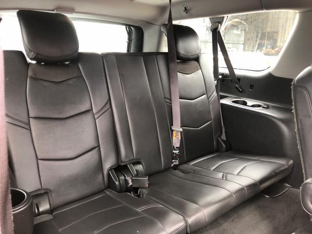 サードシートもこの型からだいぶ乗り心地が良くなりましたね。
