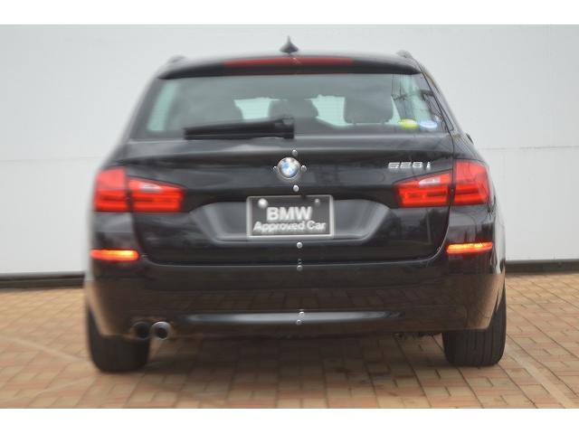 BMW BMW 528iツーリング Hi-Line ブラックレザー