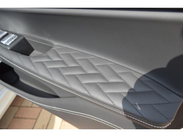 M760Li xDrive 正規認定中古車 スカイラウンジ エグゼクティブラウンジシート ダイヤモンドサウンド 前後マッサージ ナイトビジョン リアエンターテインメント シートヒーターエアコン レーザーライト ディスプレーキー(60枚目)