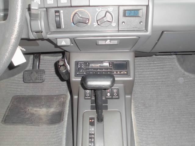ルノー ルノー 5 1.7 ディーラー車