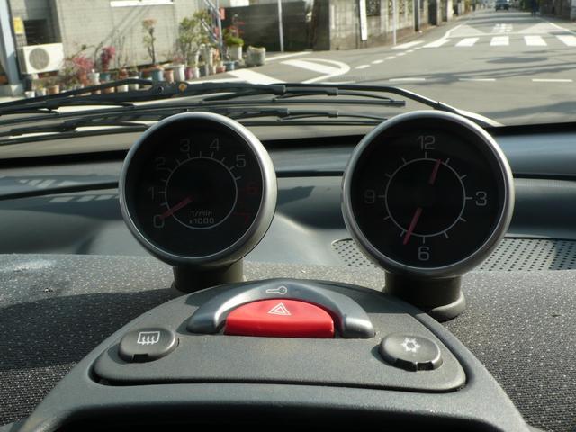 ベースグレード 左ハンドル ディーラー車 91000km(16枚目)
