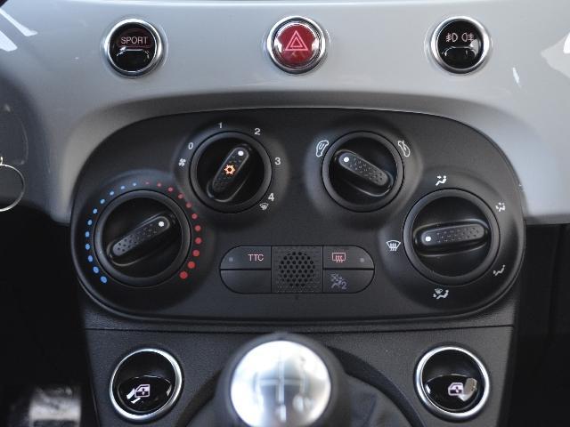 ベースグレード 左H 5MT レコモン カープレイ 新車保証(8枚目)