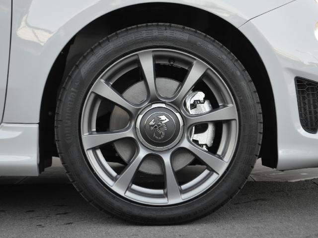 ベースグレード 左H 5MT レコモン カープレイ 新車保証(19枚目)