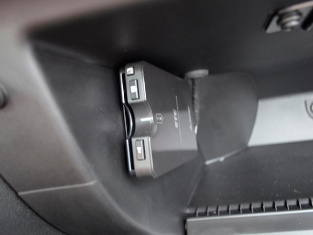 ツーリズモ MTリミテッド 左H 1オーナー 新車保証継承(19枚目)
