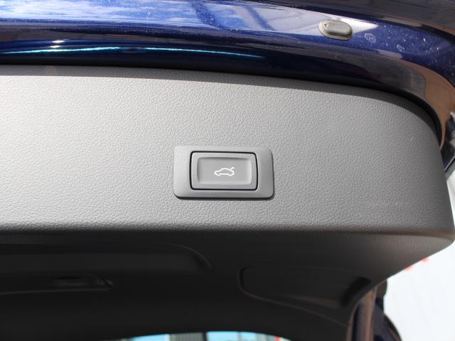 アウディ アウディ RS6アバント ベースグレード
