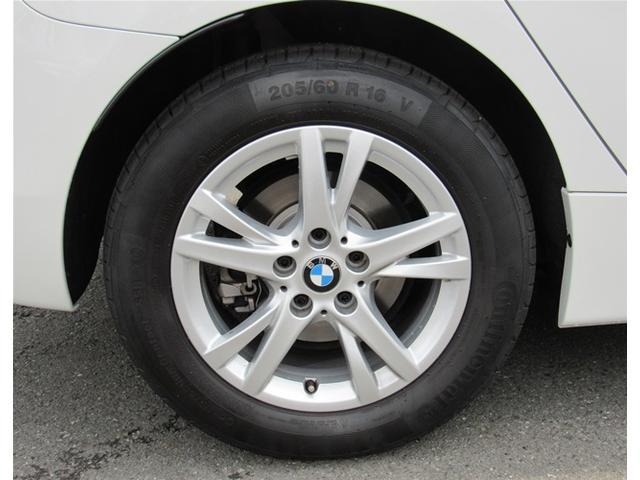 BMW BMW 218iアクティブツアラー