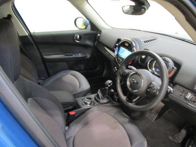HDDナビゲーション バックカメラ コーナーセンサー 衝突軽減ブレーキ MINI正規ディーラー認定中古車
