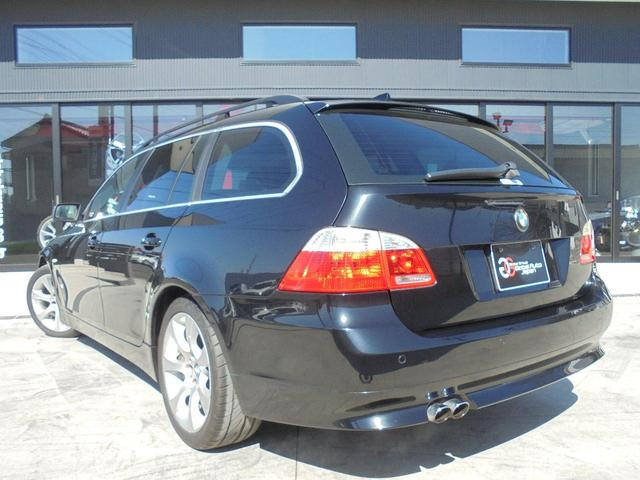 BMW BMW 525iツーリングハイラインPKG 黒革 パノラマルーフ