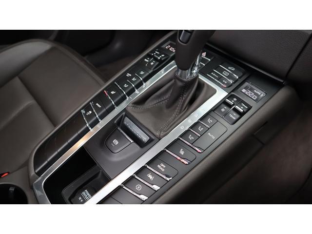 「ポルシェ」「ポルシェ マカン」「SUV・クロカン」「東京都」の中古車12