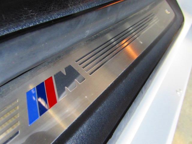 sDrive 18i Mスポーツ ナビ 黒レザー 認定中古車(18枚目)