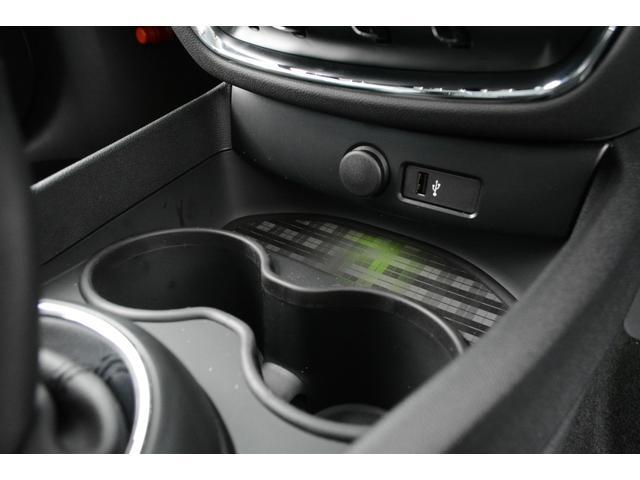 クーパーS クラブマン 認定中古車 登録済未使用車(16枚目)