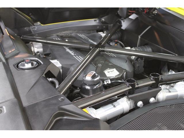 カーボンX-フレーム&Tエンジンカバー