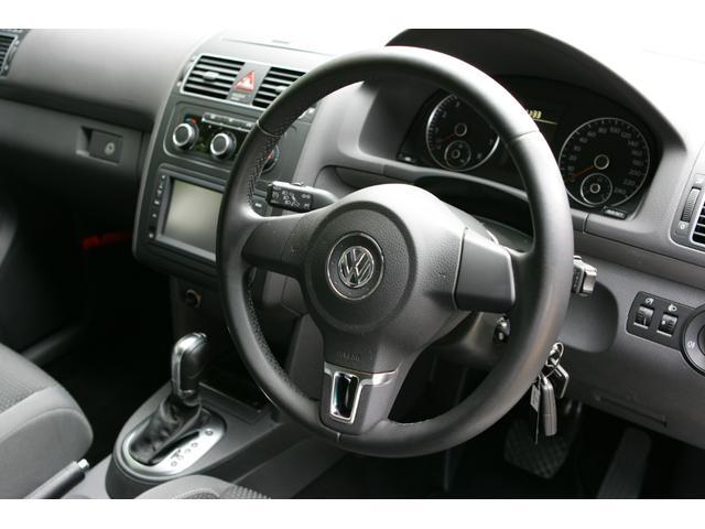 「フォルクスワーゲン」「VW ゴルフトゥーラン」「ミニバン・ワンボックス」「東京都」の中古車19