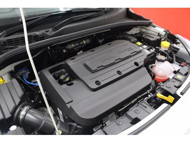 フィアット フィアット 500X クロス プラス 新車保証継承 4×4 元デモカー 茶レザー