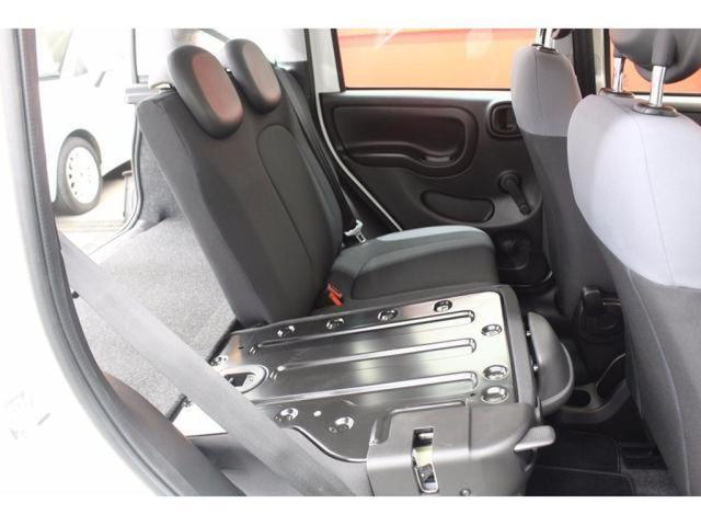 コンパクトながらシートアレンジで多彩な収納が可能!!全国納車可能です。まずは0800-600-0912までお問い合わせください。