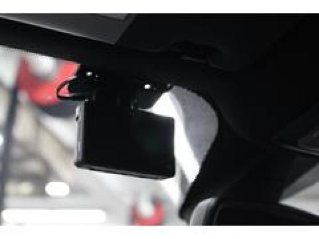 ボディカラー同色の車内パネルが新鮮!全国納車可能です。先ずはお電話0066-9707-1847又はメールでのお問い合わせをお待ちしております。