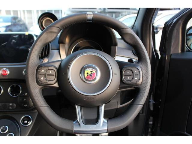 ツーリズモ 登録済未使用車 新車保証 レッドレザー(16枚目)
