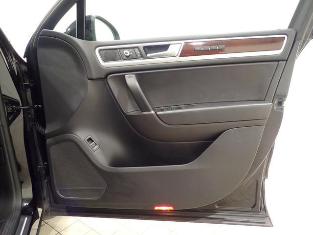 「フォルクスワーゲン」「VW トゥアレグ」「SUV・クロカン」「神奈川県」の中古車26