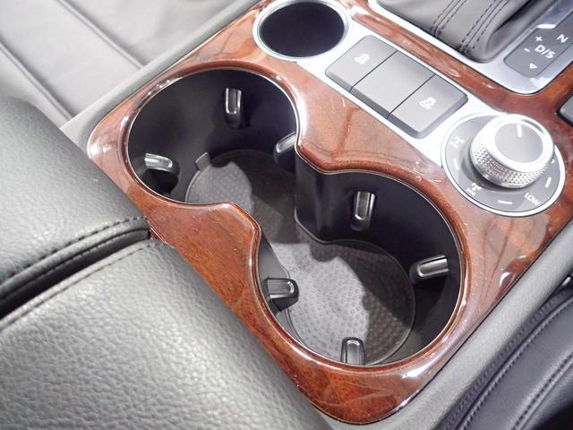 「フォルクスワーゲン」「VW トゥアレグ」「SUV・クロカン」「神奈川県」の中古車46