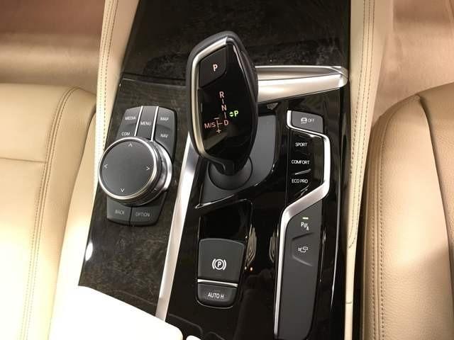 千葉県MINIディーラーは全て当社にお任せ!MINI NEXT浦安以外にも沢山拠点がありますので豊富なラインナップの200台以上の在庫からお好みのお車をお選び頂けます!