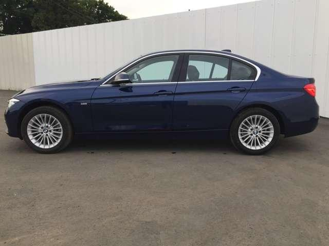 BMW FRスポーツセダン!